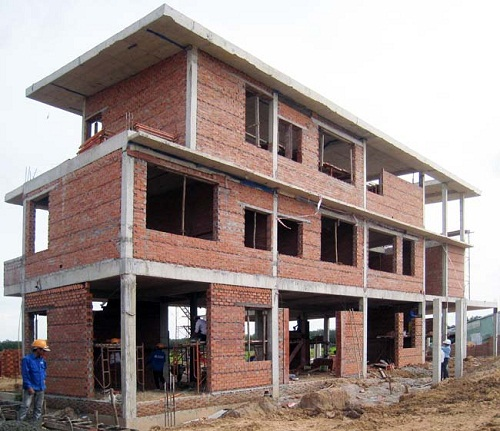cón nên xây nhà bằng gạch lỗ 1
