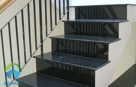 Nên chọn kích thước gạch lát cầu thang như thế nào phù hợp nhất?