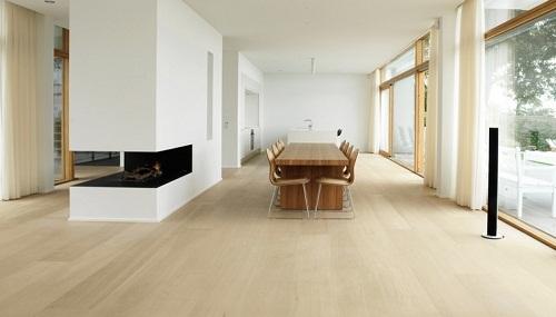 Nên chọn gạch giả gỗ màu sáng cho không gian nào? Tư vấn chi tiết